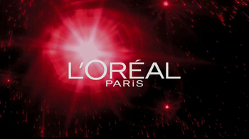 L'Oreal Revitalift Miracle Blur TV Spot Featuring Julianna Margulies - Thumbnail 1