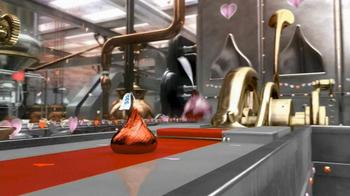 Hershey's Kisses TV Spot 'Valentine Kisses'  - Thumbnail 3