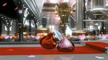 Hershey's Kisses TV Spot 'Valentine Kisses'  - Thumbnail 5