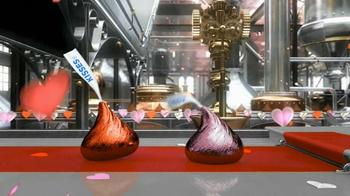 Hershey's Kisses TV Spot 'Valentine Kisses'  - Thumbnail 6