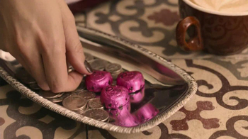 Dove Chocolate TV Spot, 'More Than One Valentine' - Thumbnail 4