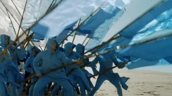 Oral-B Deep Sweep 5000 Electric Toothbrush TV Spot, 'Flags' - Thumbnail 4