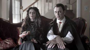 Nutri-Grain Fruit Crunch Bar TV Spot, 'Dracula'
