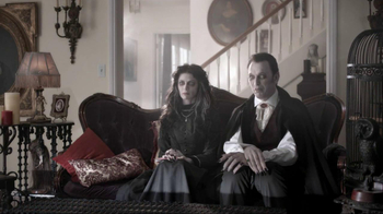 Nutri-Grain Fruit Crunch Bar TV Spot, 'Dracula' - Thumbnail 2