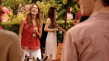Redd's Apple Ale TV Spot, 'Backyard Party' - Thumbnail 1
