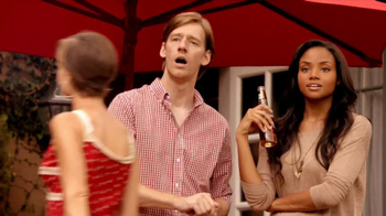 Redd's Apple Ale TV Spot, 'Backyard Party' - Thumbnail 2