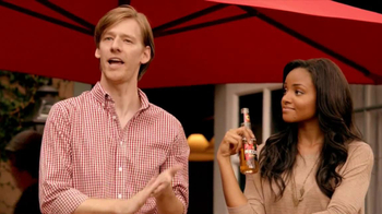 Redd's Apple Ale TV Spot, 'Backyard Party' - Thumbnail 8