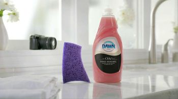Dawn Hand Renewal TV Spot, 'Photoshoot' - 3016 commercial airings