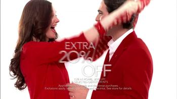 Macy's Wear Red Sale TV Spot  - Thumbnail 7