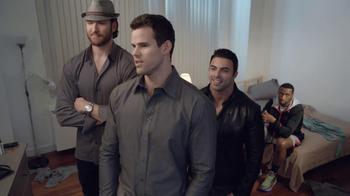 Foot Locker Super Bowl 2013 TV Spot, 'Mirror' Featuring Kris Humphries - Thumbnail 7