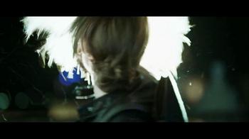 Lenovo Yoga TV Spot, 'Motorcycle Escape' - Thumbnail 3