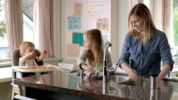 Bounty DuraTowel TV Spot, 'Spaghetti Cleanup' - Thumbnail 3