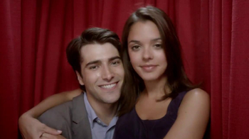 Kay Jewelers Charmed Memories TV Spot, 'Photo Booth: Free Bracelet or Charm' - Thumbnail 2