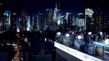 Guinness Black Lager TV Spot, 'Rooftop Party' Song by Gin Wigmore - Thumbnail 9