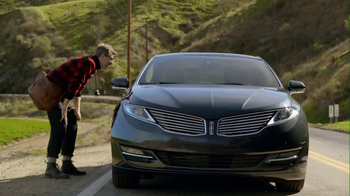 Lincoln 2013 Super Bowl TV Spot, '#SteerTheScript' Featuring Jimmy Fallon - Thumbnail 3