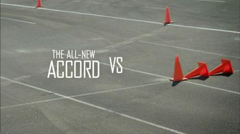 Honda Accord 2013 Super Bowl TV Spot, 'Competitive Test Drive'  - Thumbnail 2
