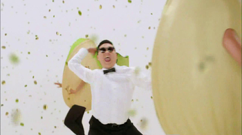 Wonderful Pistachios 2013 Super Bowl TV Spot Featuring PSY - Thumbnail 7