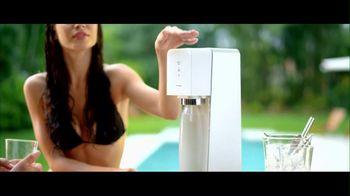 SodaStream TV Spot, 'Set the Bubbles Free'