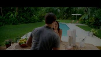 SodaStream TV Spot, 'Set the Bubbles Free' - Thumbnail 1