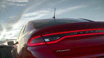 2013 Dodge Dart SXT TV Spot, 'Green Crowd, Critics, Tech Fanatics' - Thumbnail 1