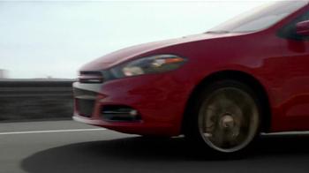 2013 Dodge Dart SXT TV Spot, 'Green Crowd, Critics, Tech Fanatics' - Thumbnail 2