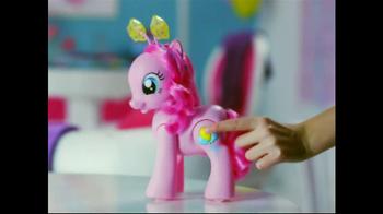 My Little Pony Walkin' Talkin' Pinkie Pie TV Spot, 'Walk and Talk' - Thumbnail 3