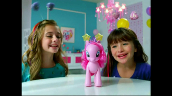 My Little Pony Walkin' Talkin' Pinkie Pie TV Spot, 'Walk and Talk' - Thumbnail 4