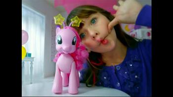 My Little Pony Walkin' Talkin' Pinkie Pie TV Spot, 'Walk and Talk' - Thumbnail 5