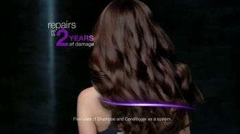 TRESemme Platinum Strength TV Spot, 'Bounce Back' Song by EJ - Thumbnail 7