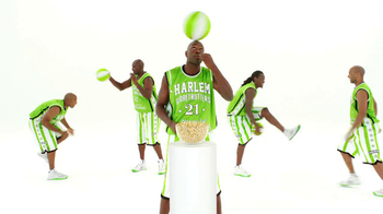 Wonderful Pistachios TV Spot Featuring The Harlem Globe Trotters - Thumbnail 7