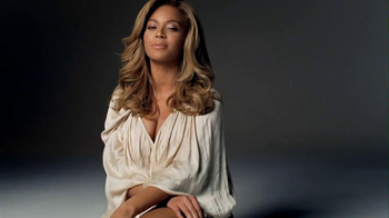 L'Oreal 2013 Super Bowl  TV Spot, 'Unique Story' Featuring Beyonce - Thumbnail 10