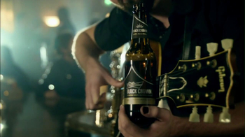 Budweiser Black Crown 2013 Super Bowl TV Spot, 'Our Kind of Beer' - Thumbnail 5