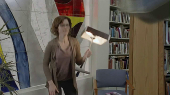 Oreo 2013 Super Bowl TV Spot, 'Library Fight' - Thumbnail 5