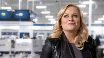 Best Buy 2013 Super Bowl TV Spot, 'Asking Amy' Featuring Amy Poehler - Thumbnail 2