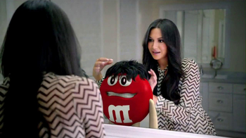 M&M's 2013 Super Bowl TV Spot, 'Anything for Love' - Thumbnail 6