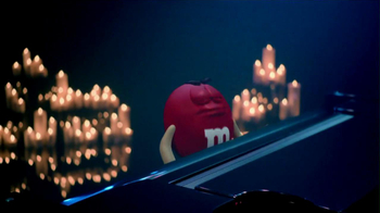 M&M's 2013 Super Bowl TV Spot, 'Anything for Love' - Thumbnail 7