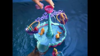 Disney Princess: Ariel's Floating Fountain TV Spot - Thumbnail 9