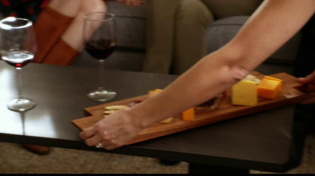Fancy Feast Delights with Cheddar TV Spot, 'Cheese Tray'  - Thumbnail 4