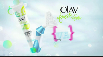 Olay Fresh Effects Va-Va-Vivid Cleansing Brush TV Spot, 'Car Wash' - Thumbnail 6