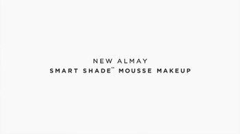 Almay Smart Shade Makeup TV Spot, 'M is for Magic' Featuring Kate Hudson - Thumbnail 8