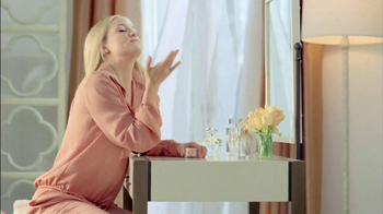 Almay Smart Shade Makeup TV Spot, 'M is for Magic' Featuring Kate Hudson - Thumbnail 3