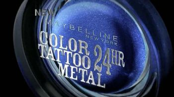Maybelline New York Color Tattoo 24-Hour Metal Eye Shadow TV Spot - Thumbnail 2