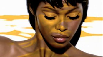 Maybelline New York Color Tattoo 24-Hour Metal Eye Shadow TV Spot - Thumbnail 6