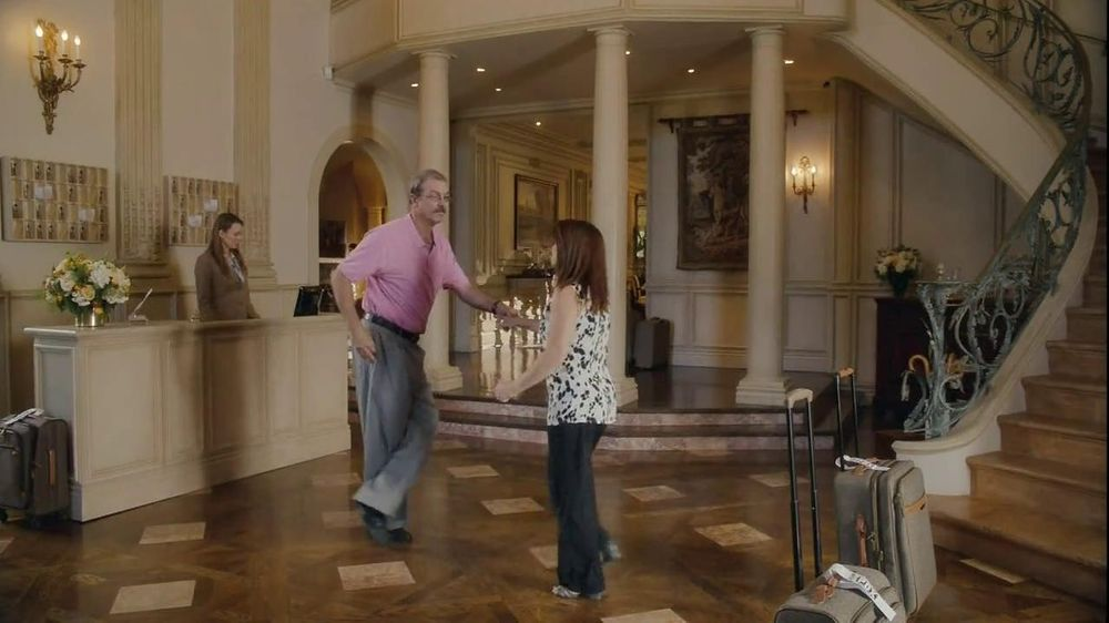 Kayak TV Commercial, 'Shiny Floor Dance'