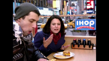 IHOP Griddle Melts TV Spot, 'Times Square' - Thumbnail 3