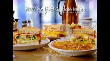IHOP Griddle Melts TV Spot, 'Times Square' - Thumbnail 9