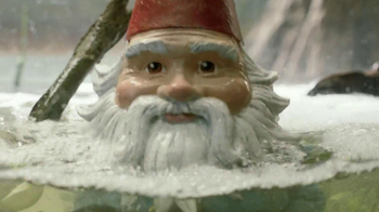 Travelocity TV Spot, 'Swimming with the Piranhas'