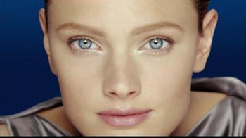 Estee Lauder Advanced Night Repair TV Spot, 'Beautiful Eyes' - Thumbnail 1