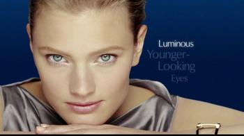 Estee Lauder Advanced Night Repair TV Spot, 'Beautiful Eyes' - Thumbnail 4