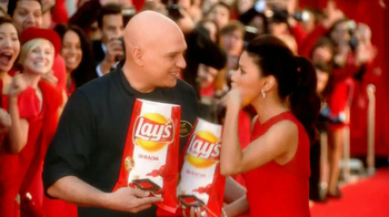 Lay's TV Spot, 'Chip Finalists' Featuring Eva Longoria, Michael Symon - Thumbnail 7